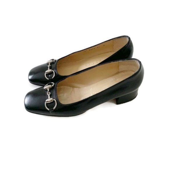 Authentic Vintage Classic Black Gucci Heels Pumps